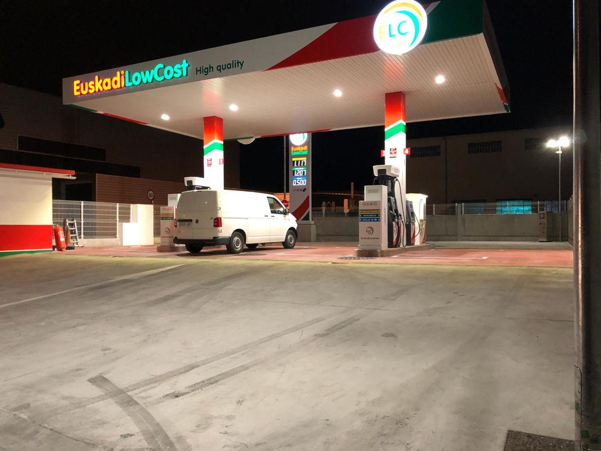 gasdolinera_low_cost_basauri2